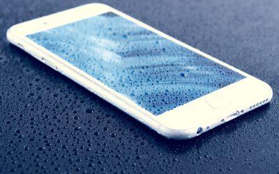 smartphone ins wasser gefallen